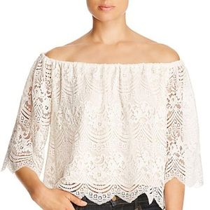CUPCAKES & CASHMERE | sz S dirty white Dave Top